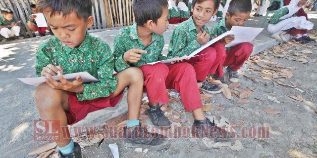 Ribuan Siswa Pulau Sumbawa Surati Presiden RI