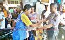 Polisi Bantu  28 Jiwa Pengungsi Karang Asem