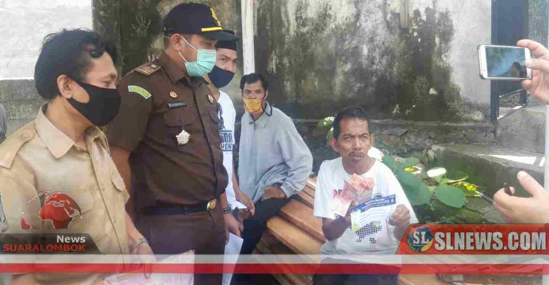 Jaksa Temukan Kesalahan Nama, NIK dan KK Dihari Pertama Penyaluran JPS Bersatu Lombok Tengah