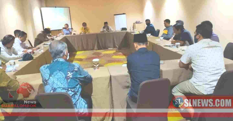 Setelah Deklarasi, Maiq - Meres Akan Berjalan Kaki ke KPU Lombok Tengah