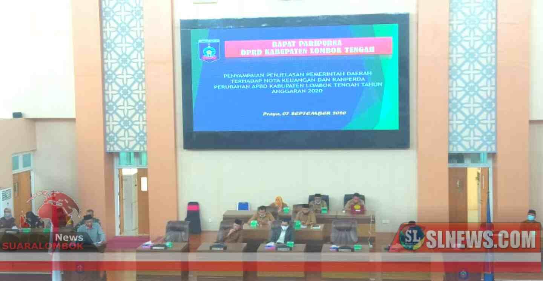 Di Rapat Paripurna, Lalu Pathul Sampaikan Nota Keuangan dan Ranperda APBDP Lombok Tengah 2020