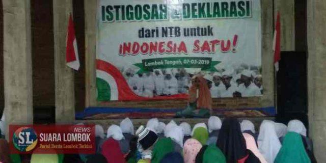 Menangkan Jokowi – Ma'ruf, Santri di Lombok Tengah Gelar Istigosah