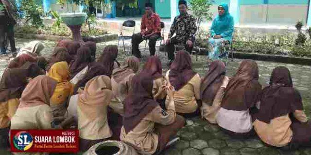 "Dikumpulkan Kepala Sekolah, 22 Siswi SMP Terduga Pelaku Pengeroyokan di Lombok Tengah ""Cengar Cengir"""
