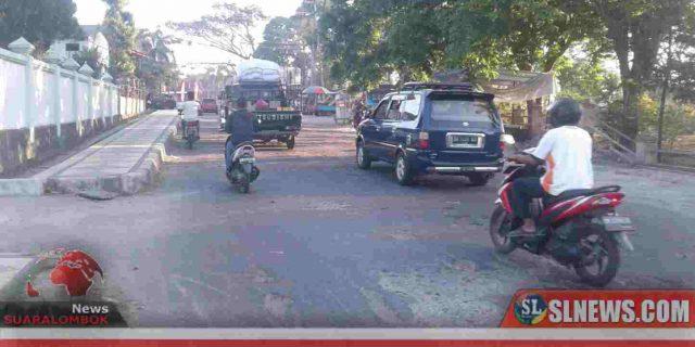 Amir Ungkap Jawaban Dinas PU NTB Terkait Dengan Kondisi Ruas Jalan Taman Biao