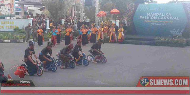 Atraksi motoGP 2021 Tampil di Mandalika Fashion Carnival 2020