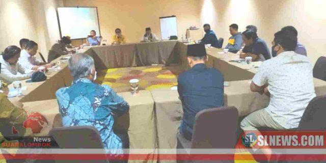 Setelah Deklarasi, Maiq – Meres Akan Berjalan Kaki ke KPU Lombok Tengah