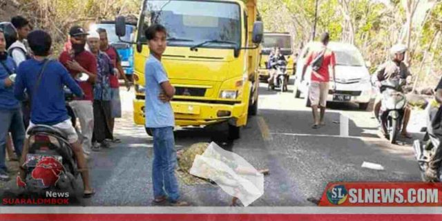 Wanita Penumpang Honda Vario di Lombok Tengah Tewas Terlindas Dump Truck
