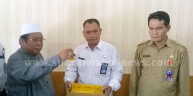 Bupati Lombok Tengah  Bersumpah Tak Pernah Memegang dan Melihat Narkoba