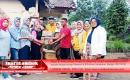PKK Lombok Tengah Serahkan Bantuan Kepada Warga Terdampak Gempa 6, 4 SR
