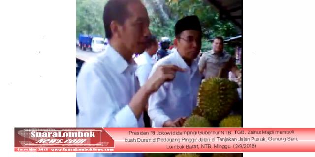 Presiden RI Jokowi Borong Durian di Tanjakan Pusuk
