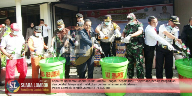 Jelang Natal dan Tahun Baru, Ribuan Liter Miras dan Knalpot Racing di Musnahkan