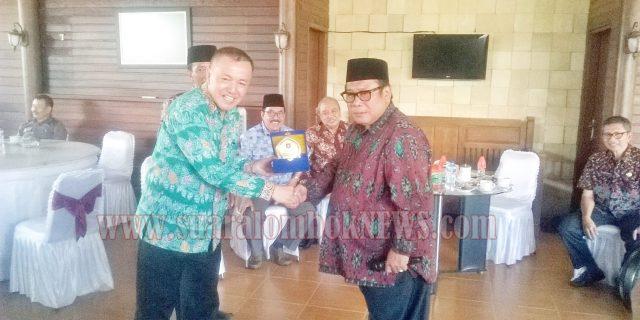 Pemkab. Lumajang dan DPRD Bangkalan Belajar ke Lombok Tengah