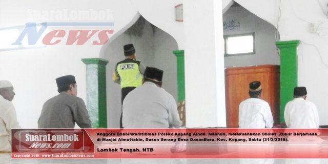 Jaga Pilkada Damai, Bhabinkamtibmas Dasan Baru Keliling Masjid