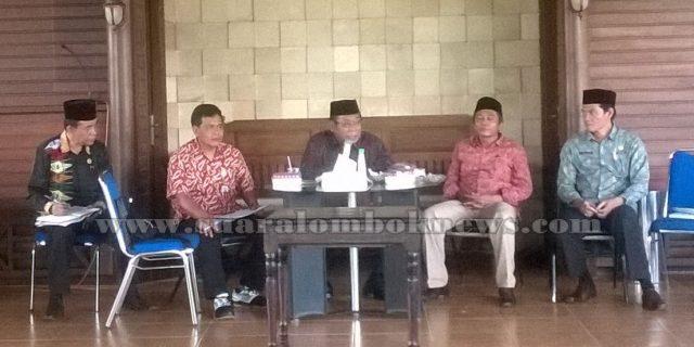 Masyarakat   se – Pulau Lombok  Akan Ikut Parade Budaya Bau Nyale