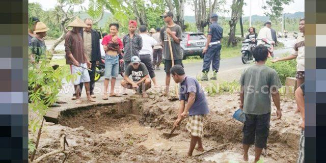 Banjir Tak Kunjung Surut, Warga Ujung Mengamuk